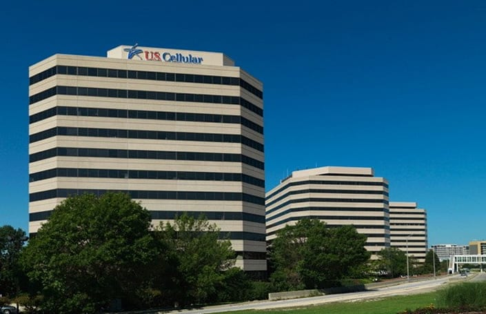 US Cellular takes hit on LTE devices, profits halved to $35.5 million in Q3 2012