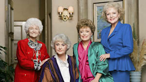 Inside Look at 'The Golden Girls' Cafe