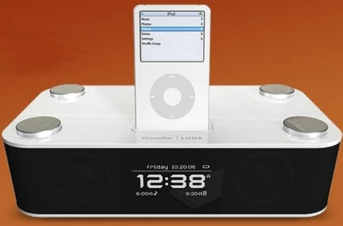 XtremeMac's Luna iPod alarm dock: a better mouse trap