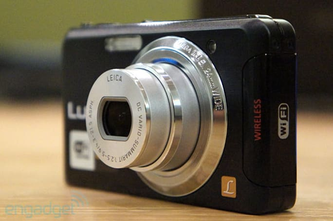 Panasonic Lumix FX90 point-and-shoot packs built-in WiFi, Android / iPhone app compatibility