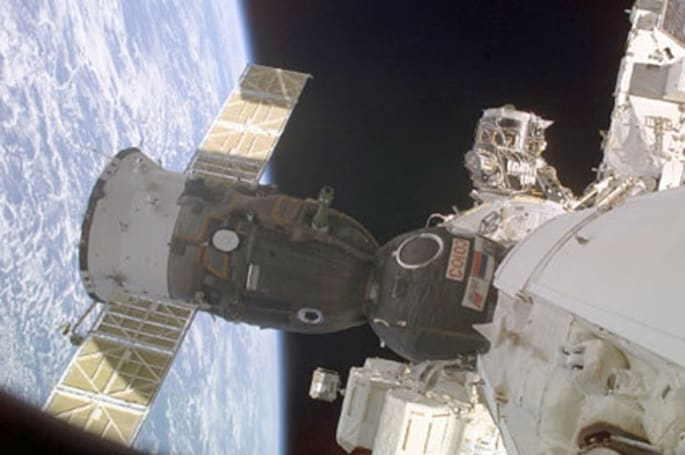 NASA taps Orbital Sciences, SpaceX for ISS resupply missions