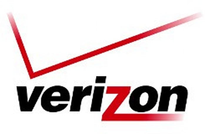Verizon CEO says shared data plans coming in 2012