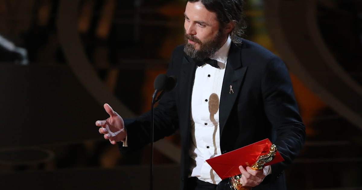 Amazon's 'Manchester by the Sea' wins acting and screenplay Oscars