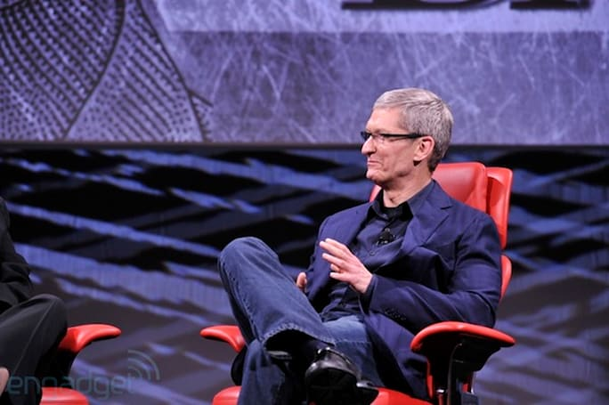 Tim Cook: 'I want there to be' Apple products made in America