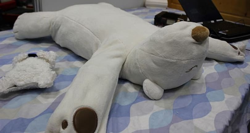 Robotic bear pillow stops your snoring by gently mauling your face (video)