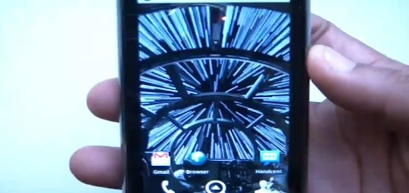 Droid 2 R2-D2 boot animation, live wallpapers leak out at light speed