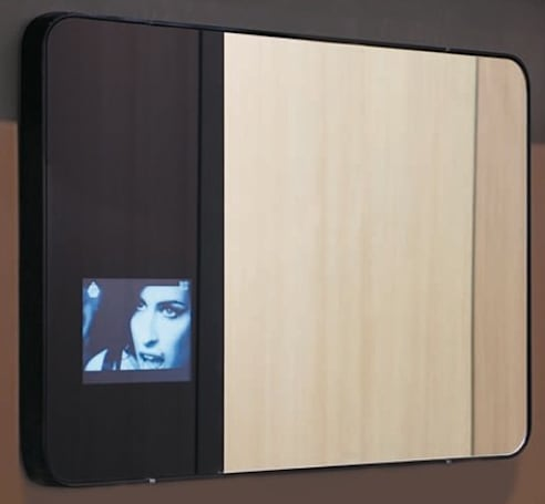 Valli Arredobagno Hi_Mirror lets you check the weather and your hair