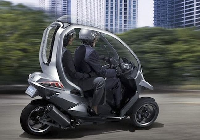 Peugeot HYmotion3 Compressor concept is high tech, low risk