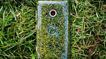 6 next-gen green cell phones