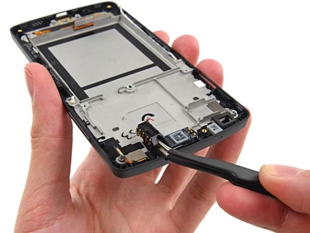 Nexus 5 torn down, easily put back together again