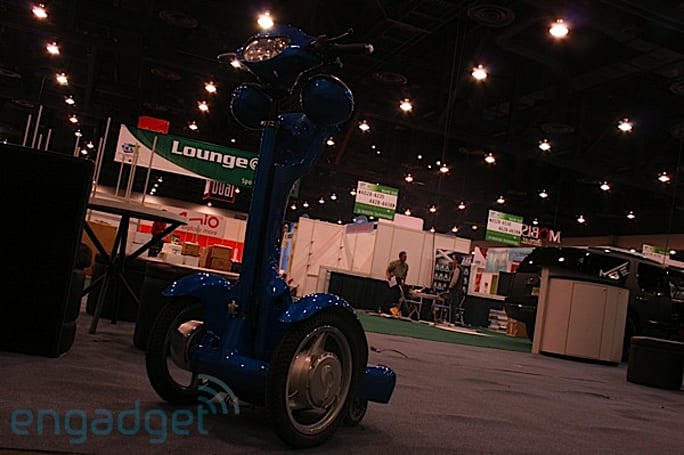 Crapgadget CES, round 9: pimped Segway KIRF