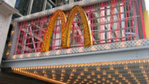 DS Lites invade McDonald's in Times Square