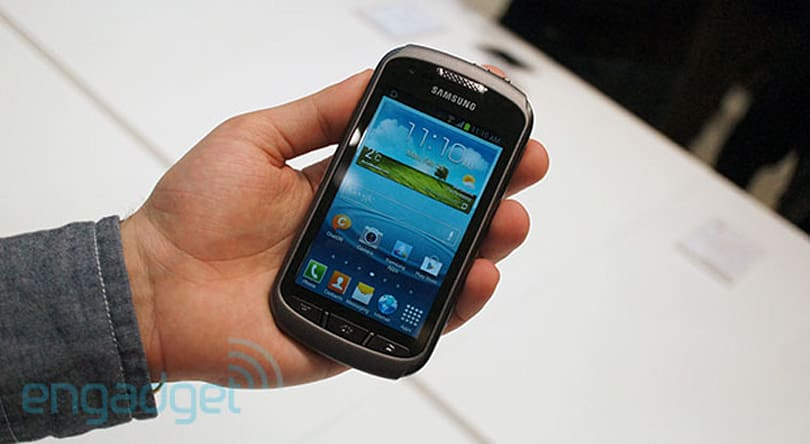 Samsung Galaxy Xcover 2 hands-on: a ruggedized smartphone with Android Jelly Bean onboard (video)