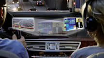 Mercedes-Benz intros SPLITVIEW COMMAND system