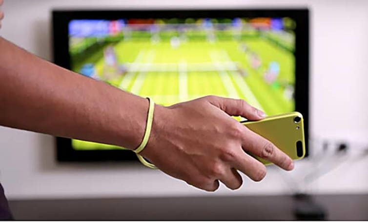 Motion Tennis is a unique blending of your iPhone and AppleTV