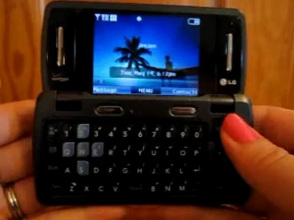 LG enV3 gets customer hands-on ahead of release