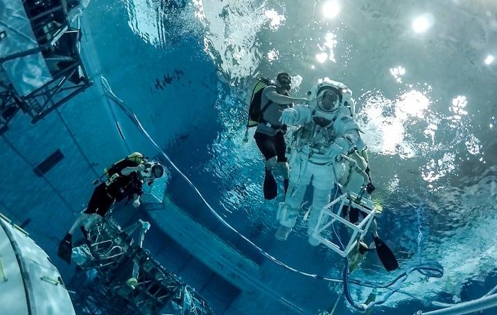 Go through virtual spacewalk training with this NASA video