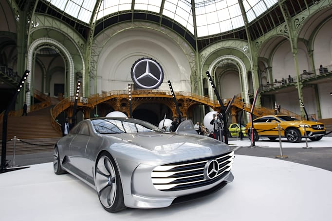 Microsoft and Mercedes bring your office calendar to your car