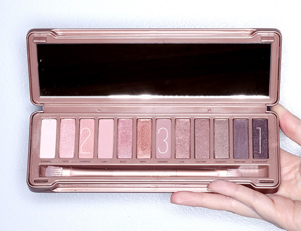 Get a sneak peek at Urban Decay's Naked 3 Palette!