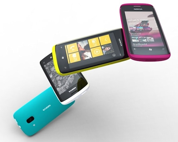 Nokia and Microsoft sign definitive agreement, bring Windows Phone handsets closer to realization
