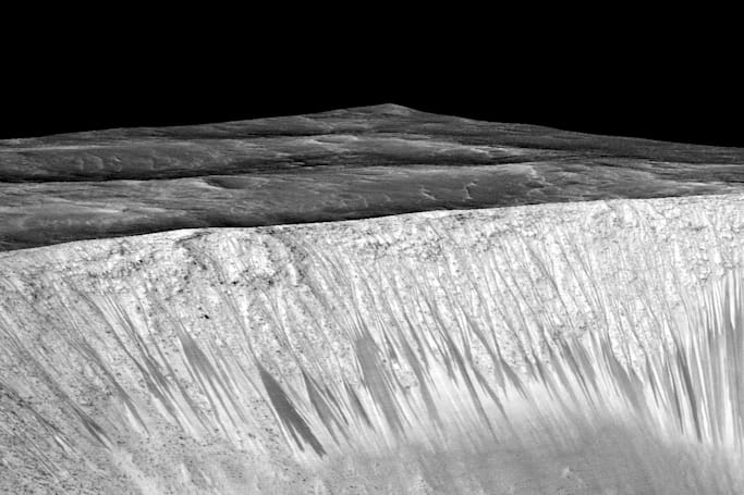 Curiosity rover may sample Mars water