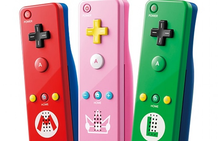 Reign in the new Princess Peach Wii Remote Plus next week