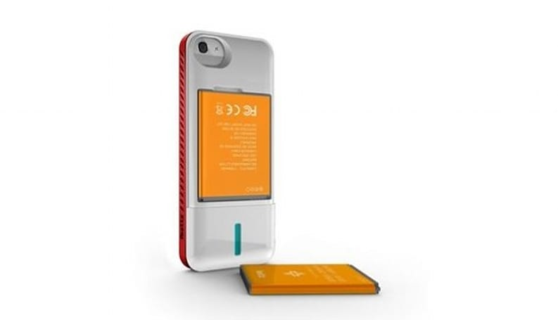 iBattz beats Mophie to iPhone 5 charging case, ups the ante using interchangeable i9300 batteries