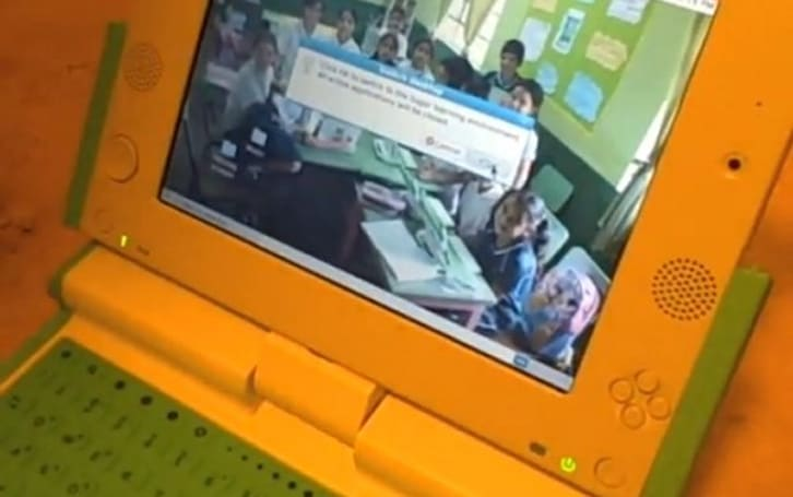 OLPC's XO Generation 1.5 Laptop dances from GNOME to Sugar, on video!