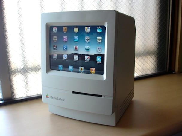 iPad makes itself right at home inside Macintosh Classic (update: keyboard)