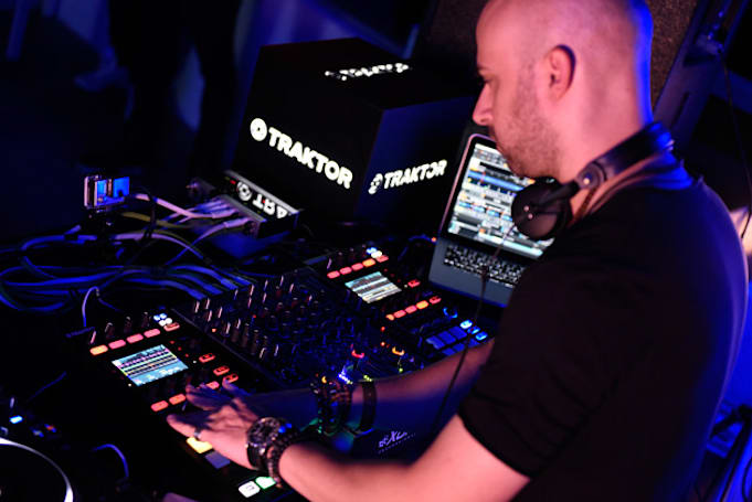 Native Instruments teases a portable, touch-sensitive DJ deck
