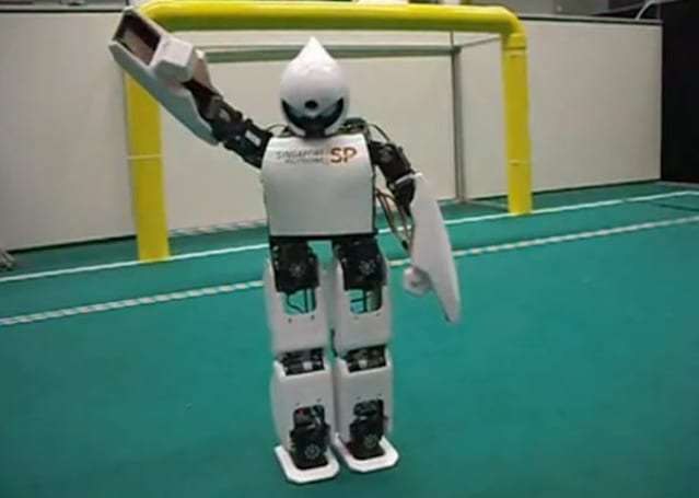 RoboErectus Jr kicks, waves, dances its way into our hearts (and the Singapore RoboCup)