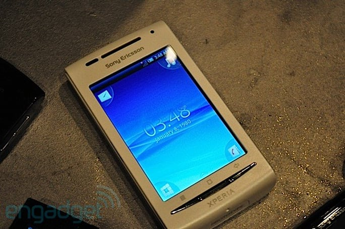 Sony Ericsson Xperia X8 to hit US for less than $300 unlocked, we go hands-on