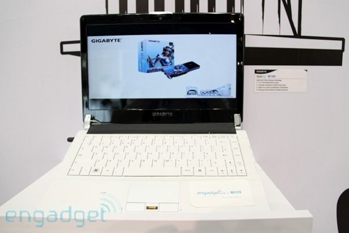 Gigabyte shows off thin-and-light Booktop M1305 and super slim Myou netbook