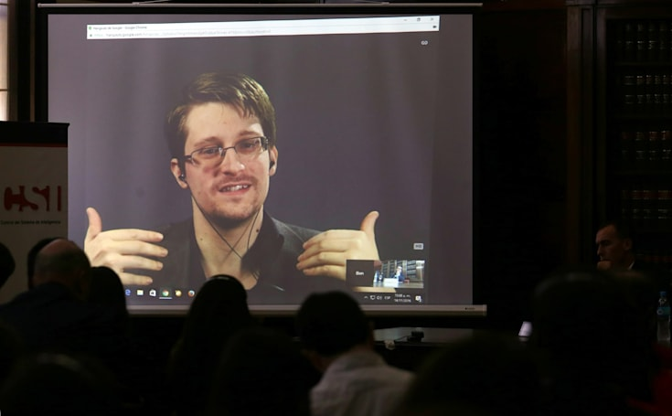 Congress claims Snowden has been in contact with Russian intelligence