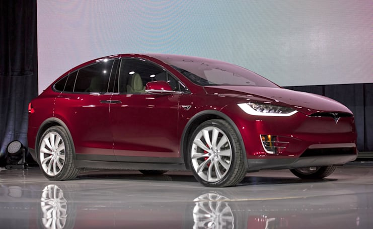 Tesla's Autopilot blamed for a Model X crash