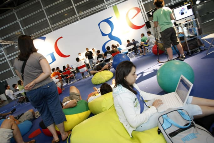 Google highlights the lack of diversity in tech by publishing its own stats