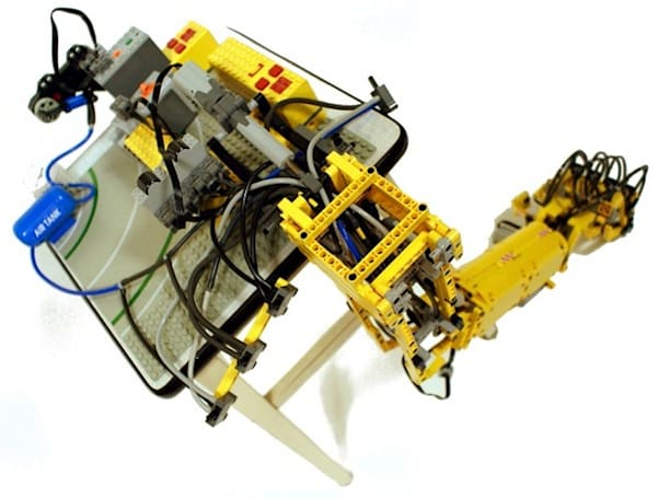 Lego arm moves slowly, rocks mightily (video)
