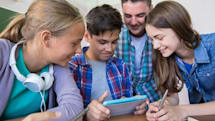 How the Younger Generation are Using Smartphones