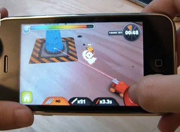 ARDefender augmented reality shoot-em-up hands-on