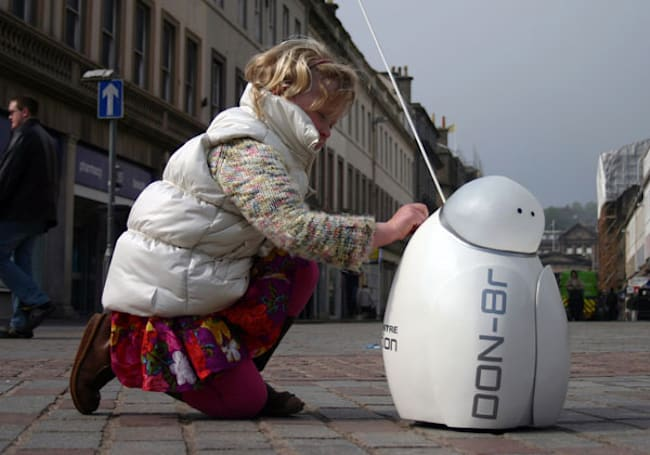 Don-8r the panhandling robot set to make the homeless obsolete (video)