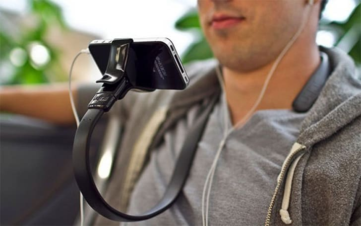 The Vyne: Adorkable, wearable iPhone mount