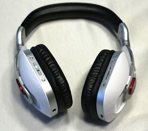 Turtle Beach EarForce i30 Wireless iOS Media Headset raises the bar for mobile audio