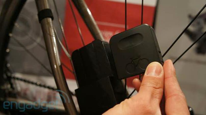 Siva Cycle Atom bike-powered battery charger eyes-on (video)