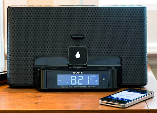 Insert Coin: Pear brings Bluetooth to your Apple-compatible speaker dock