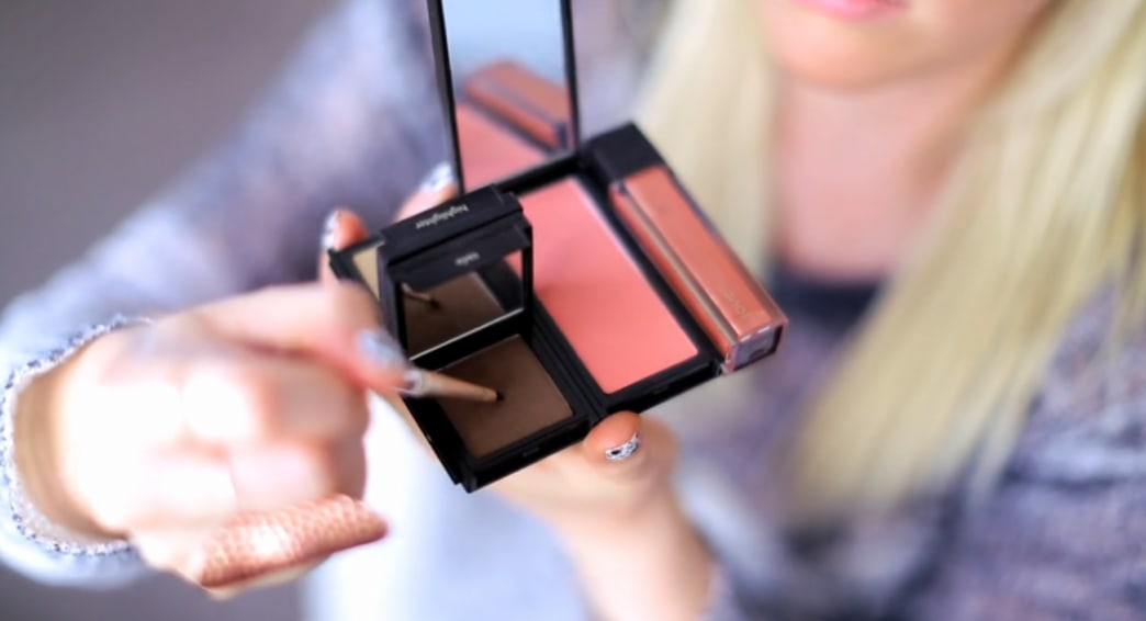Shop this video: the perfect natural beauty palette