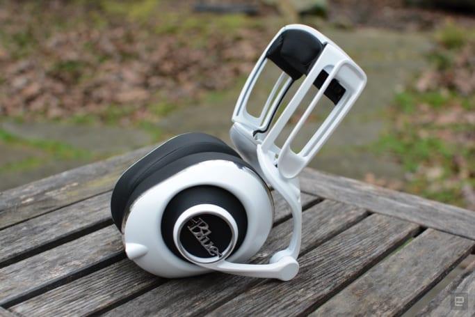 Blue's Lola headphones nix features in favor of comfort