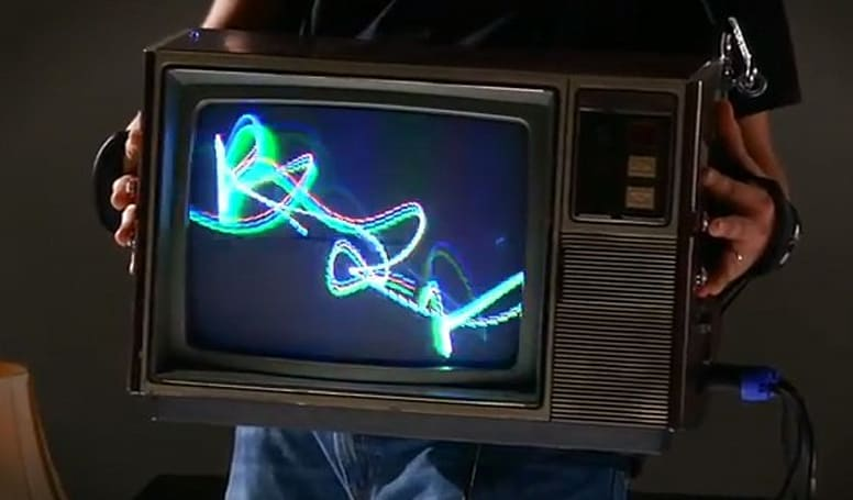 The de/Rastra oscillographic synthesizer will make you wish you hadn't tossed out that old TV set