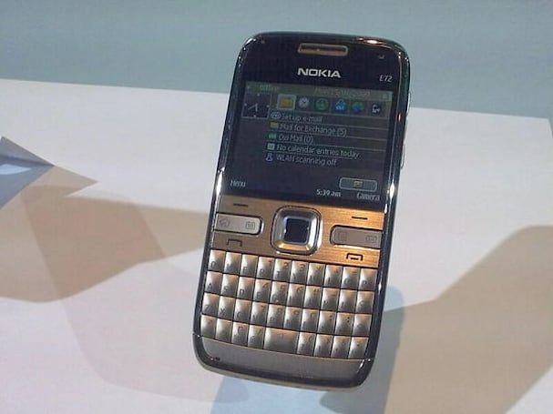 Nokia's E72 and 5530 XpressMusic in the S60-powered flesh