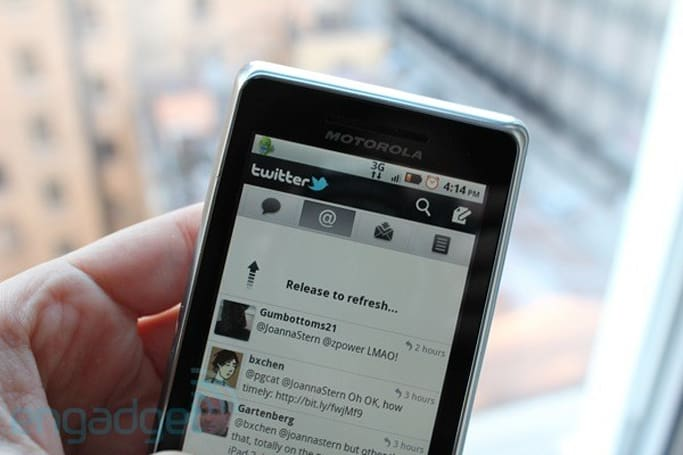 Twitter updates Android app, we go hands-on in more than 140 characters
