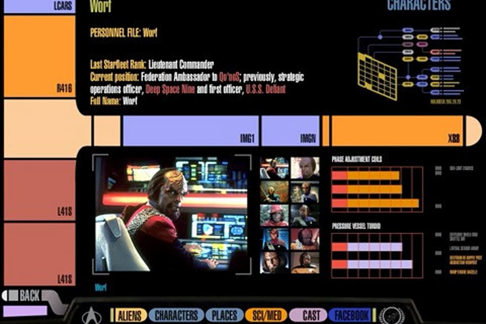 Star trek padd app is a lcars sporting trekkie 39 s reference - Lcars ipad app ...